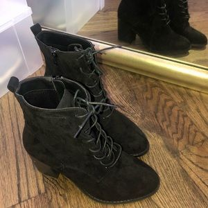 Forever 21 black booties